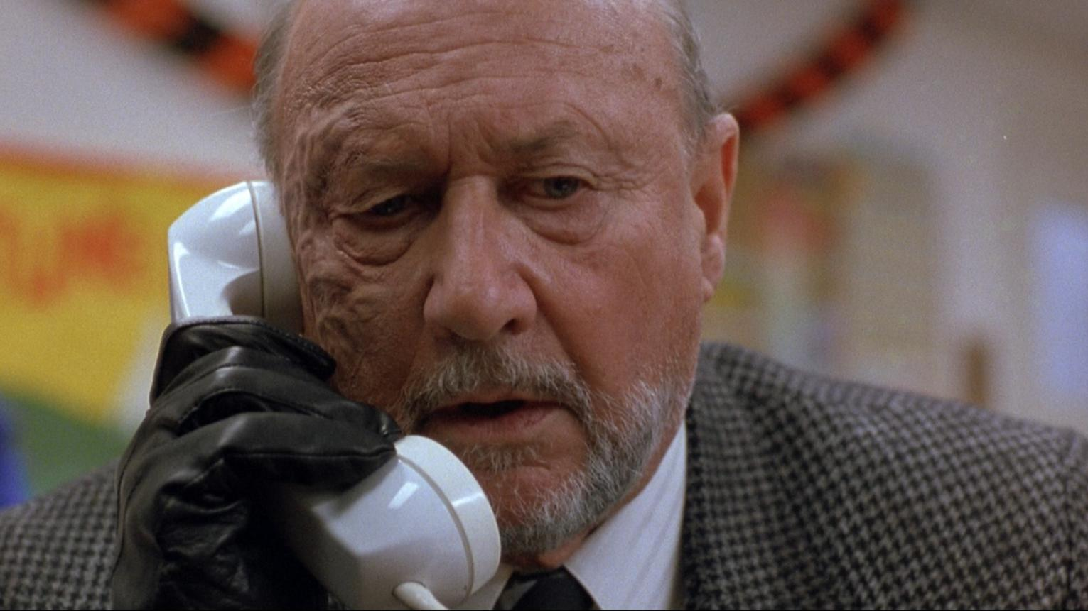Dr Loomis (Donald Pleasence) still pursuing Michael Myers in Halloween 5 (1989)