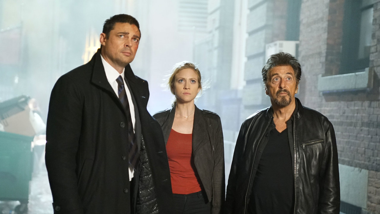 Karl Urban, Brittany Snow and Al Pacino in Hangman (2017)