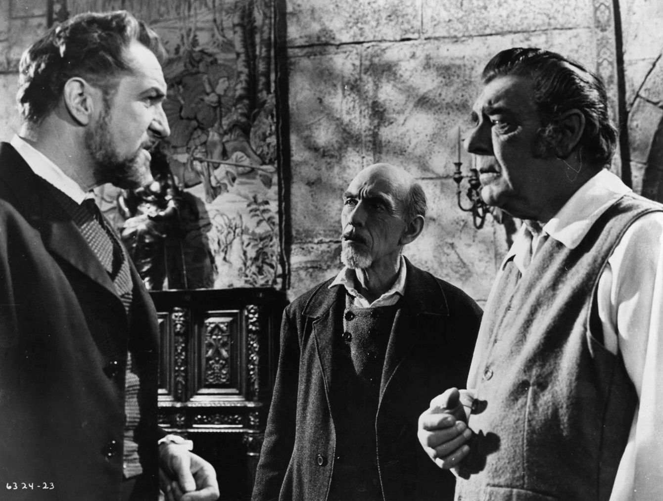 Vincent Price, John Dierkes, Lon Chaney Jr in The Haunted Palace (1963)
