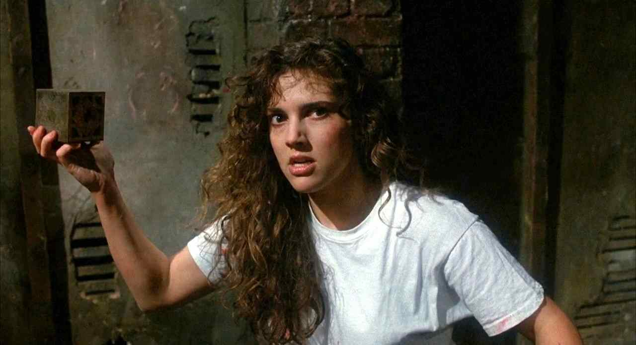 Ashley Laurence with Lament Configuration in Hellraiser (1987)