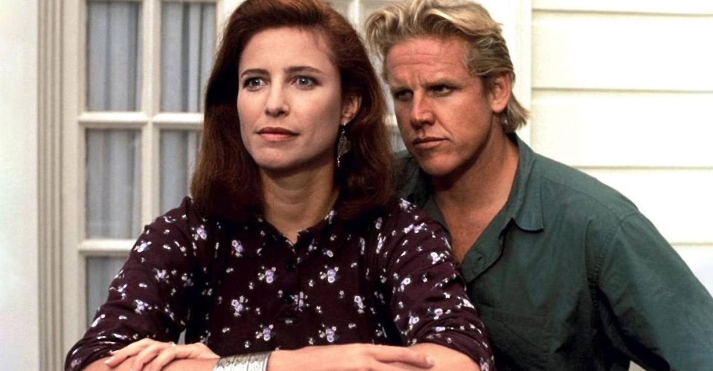 Gary Busey stalks Mimi Rogers in Hider in the House (1989)