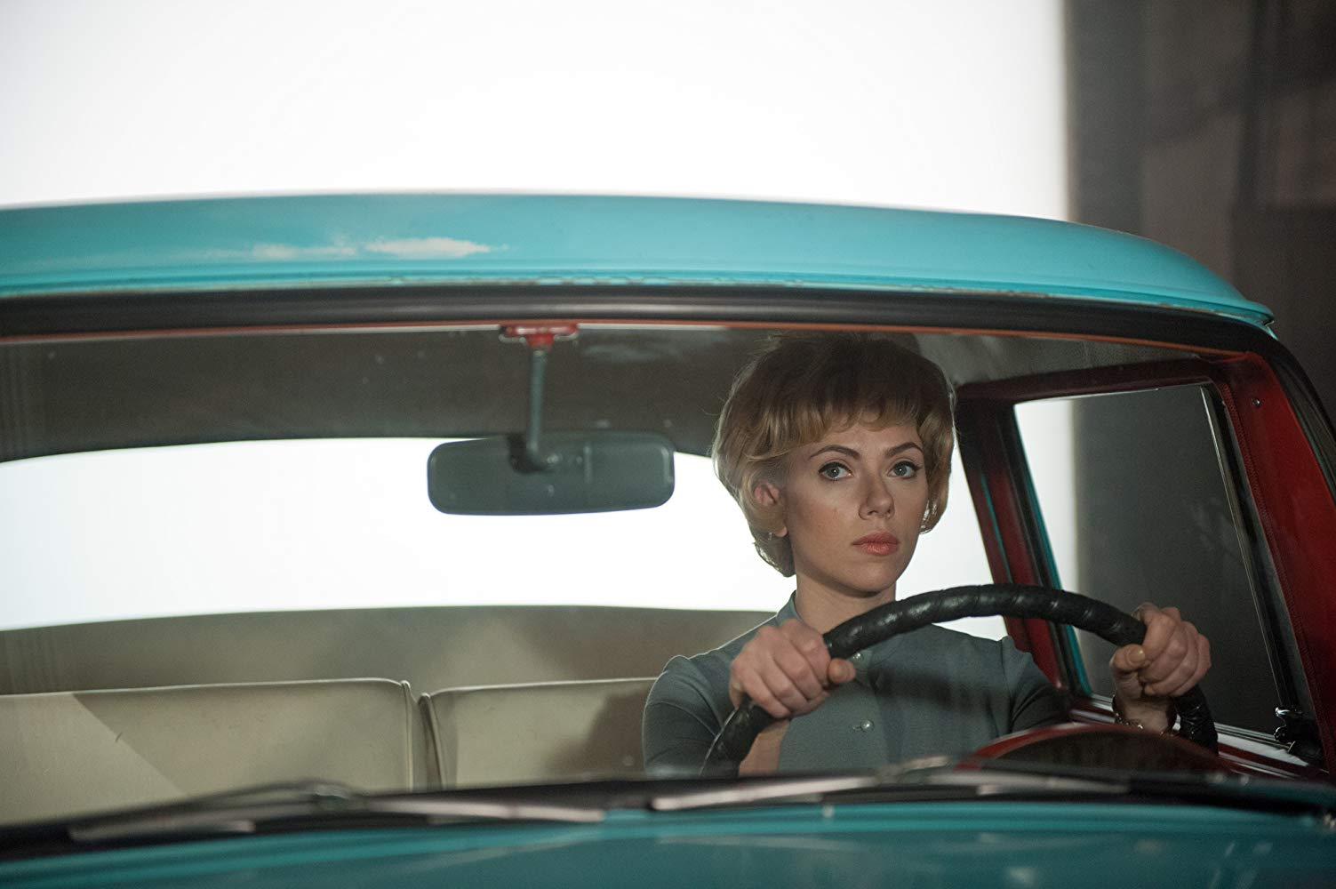 Scarlett Johansson as Janet Leigh during the shooting of Psycho in Hitchcock (2012)