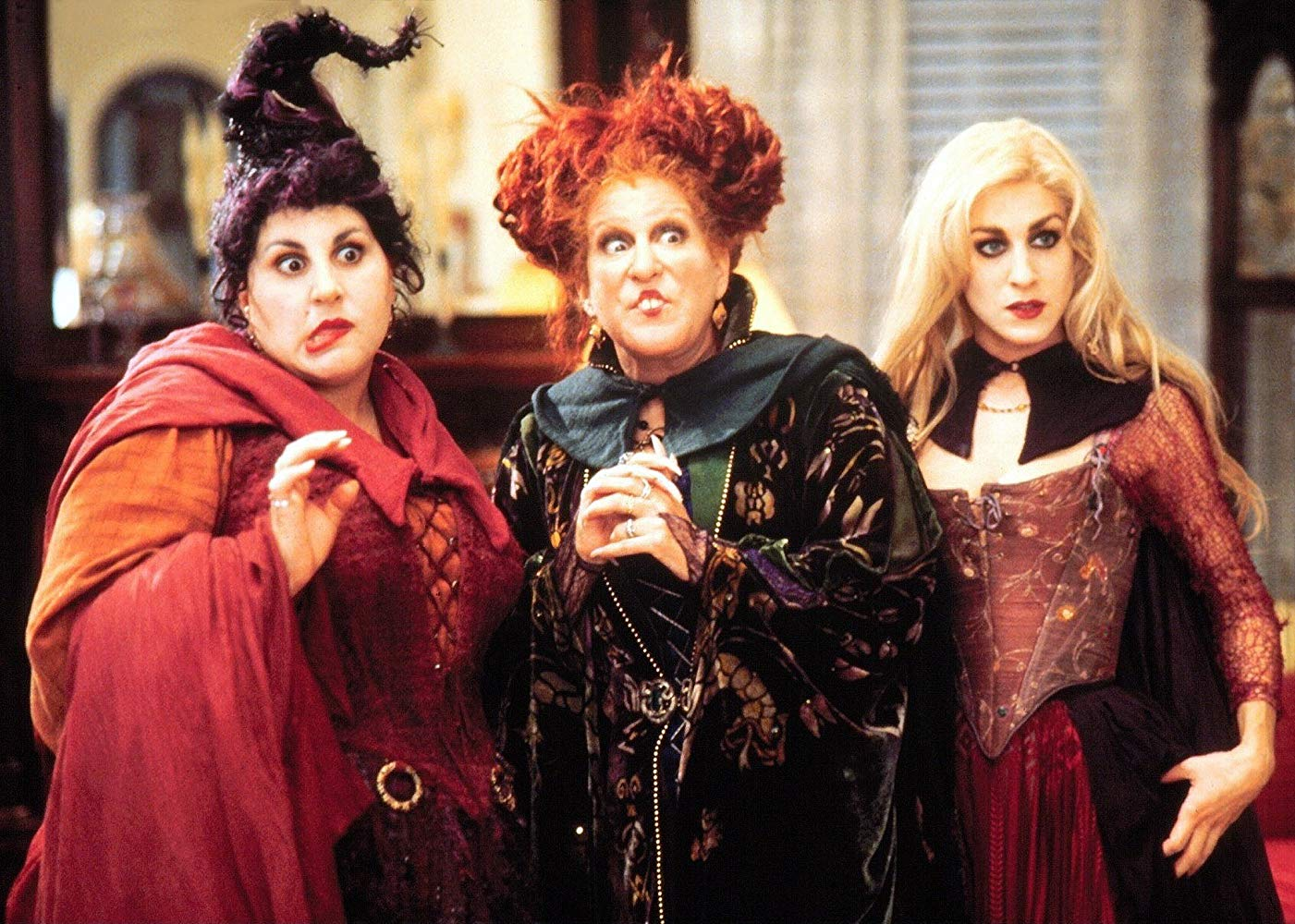 Kathy Najimy, Bette Midler and Sarah Jessica Parker in Hocus Pocus (1993)