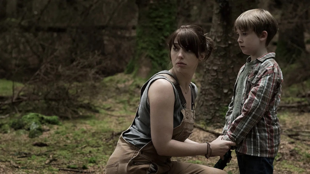Seana Kerslake and son James Quinn Markey in The Hole in the Ground (2019)