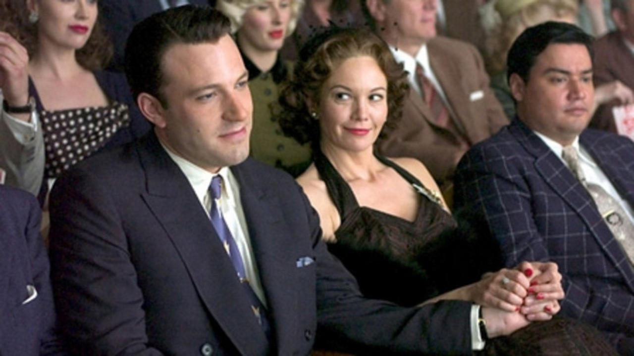 George Reeves (Ben Affleck) with Toni Mannix (Diane Lane) in Hollywoodland (2006)