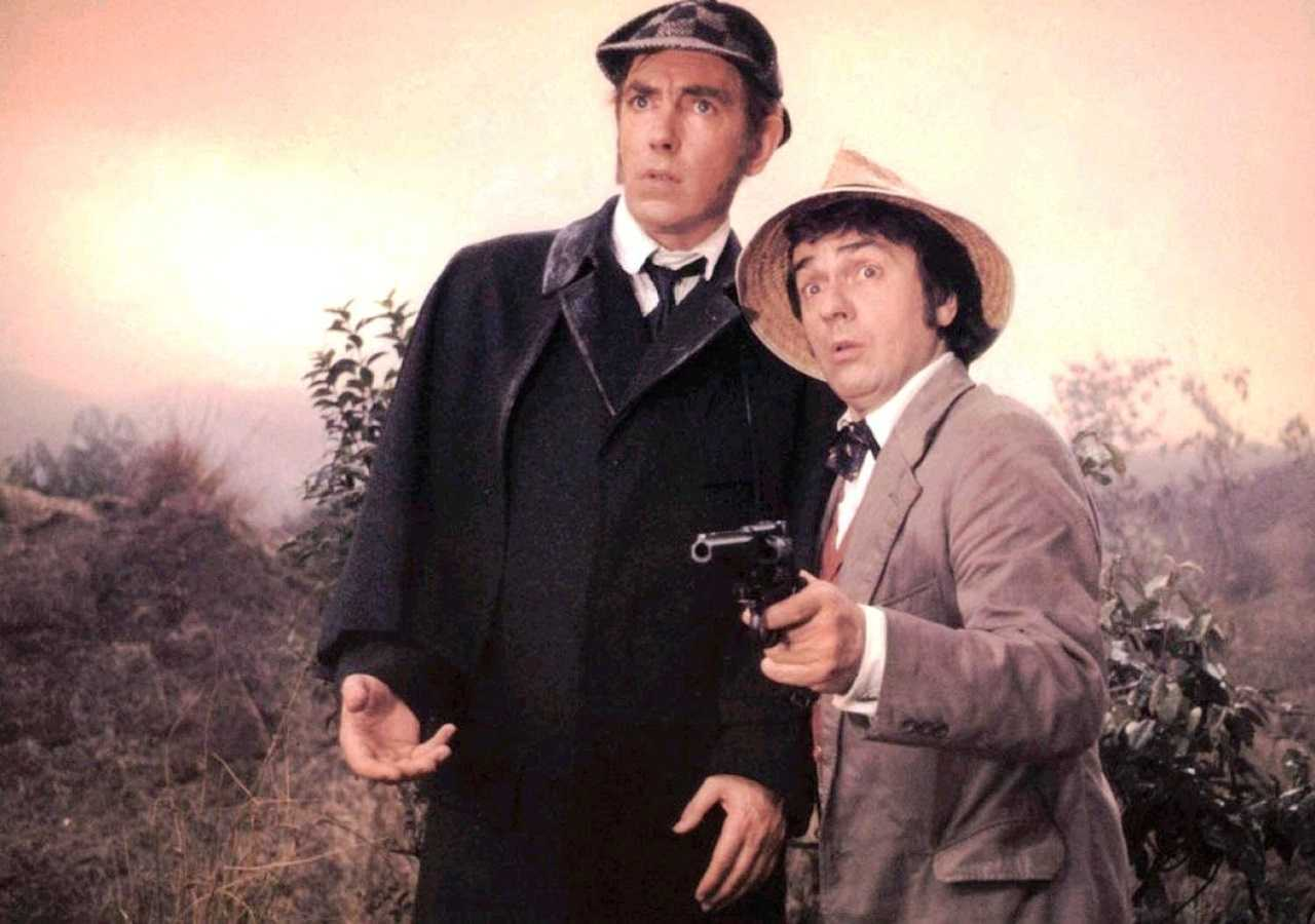 Sherlock Holmes (Peter Cook) and Dr Watson (Dudley Moore) in The Hound of the Baskervilles (1978)