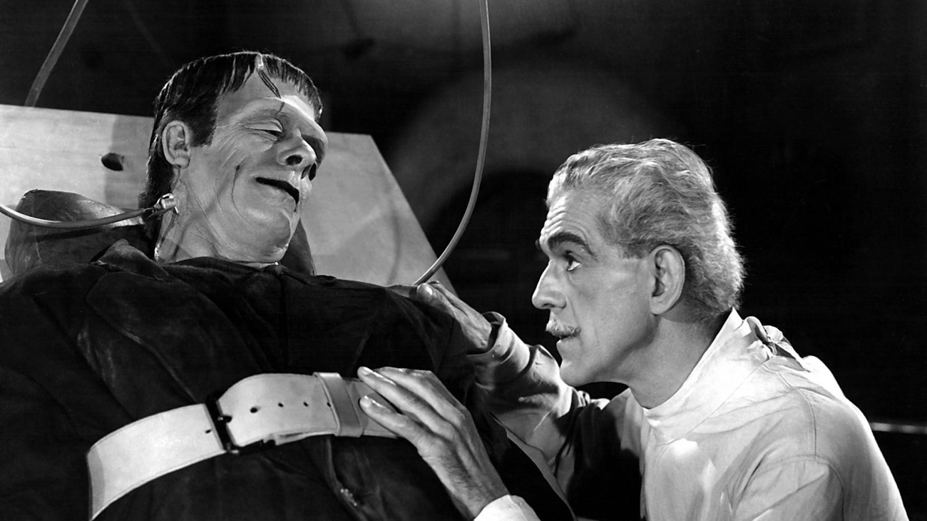 Dr Niemann (Boris Karloff revives the Frankenstein Monster (Glenn Strange) in House of Frankenstein (1944)
