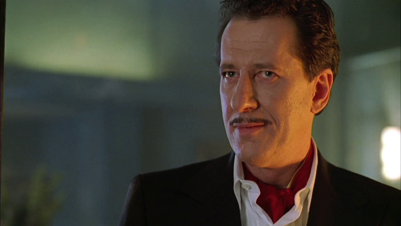 Geoffrey Rush as Steven Price in House on Haunted Hill (1999)
