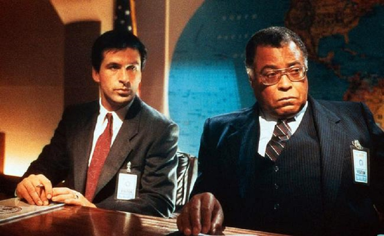 Alec Baldwin as the screen's first Jack Ryan with James Earl Jones as Admiral Greer in The Hunt for Red October (1990)