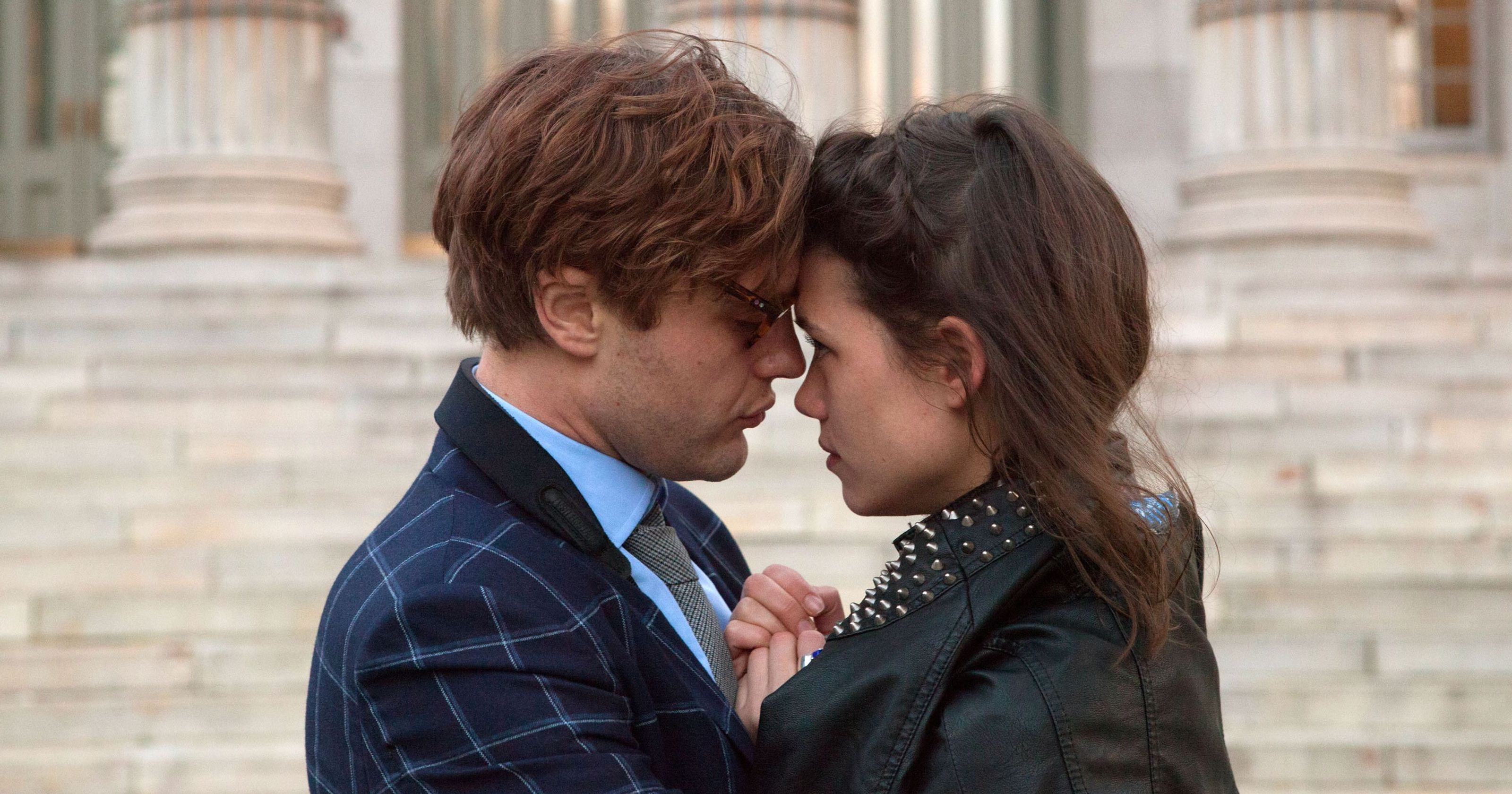 Michael Pitt and Astrid Berges-Frisbey in I Origins (2014)