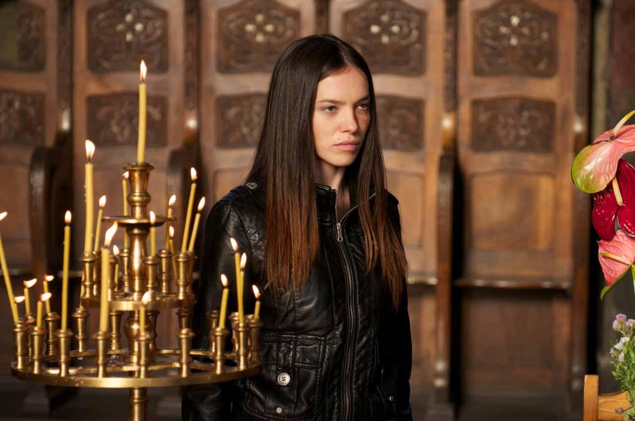 Jemma Dallender seeks revenge in I Spit on Your Grave 2 (2013)