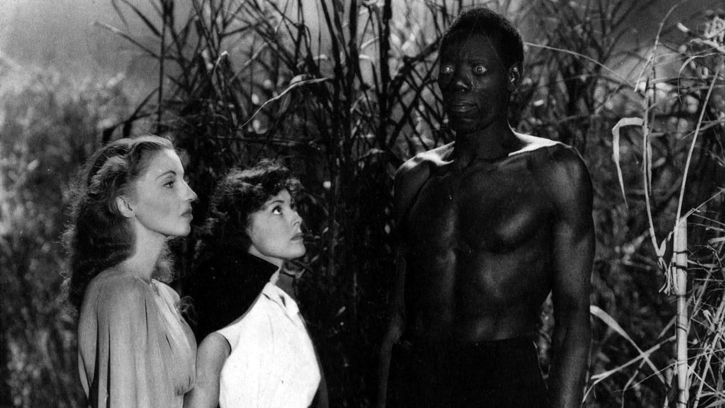 Christine Gordon and Francis Dee encounter Darby Jones in I Walked with a Zombie (1943)
