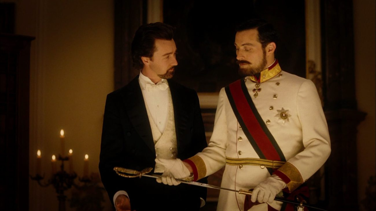 Eisenheim (Edward Norton) with Crown Prince Leopold (Rufus Sewell)) in The Illusionist (2006)