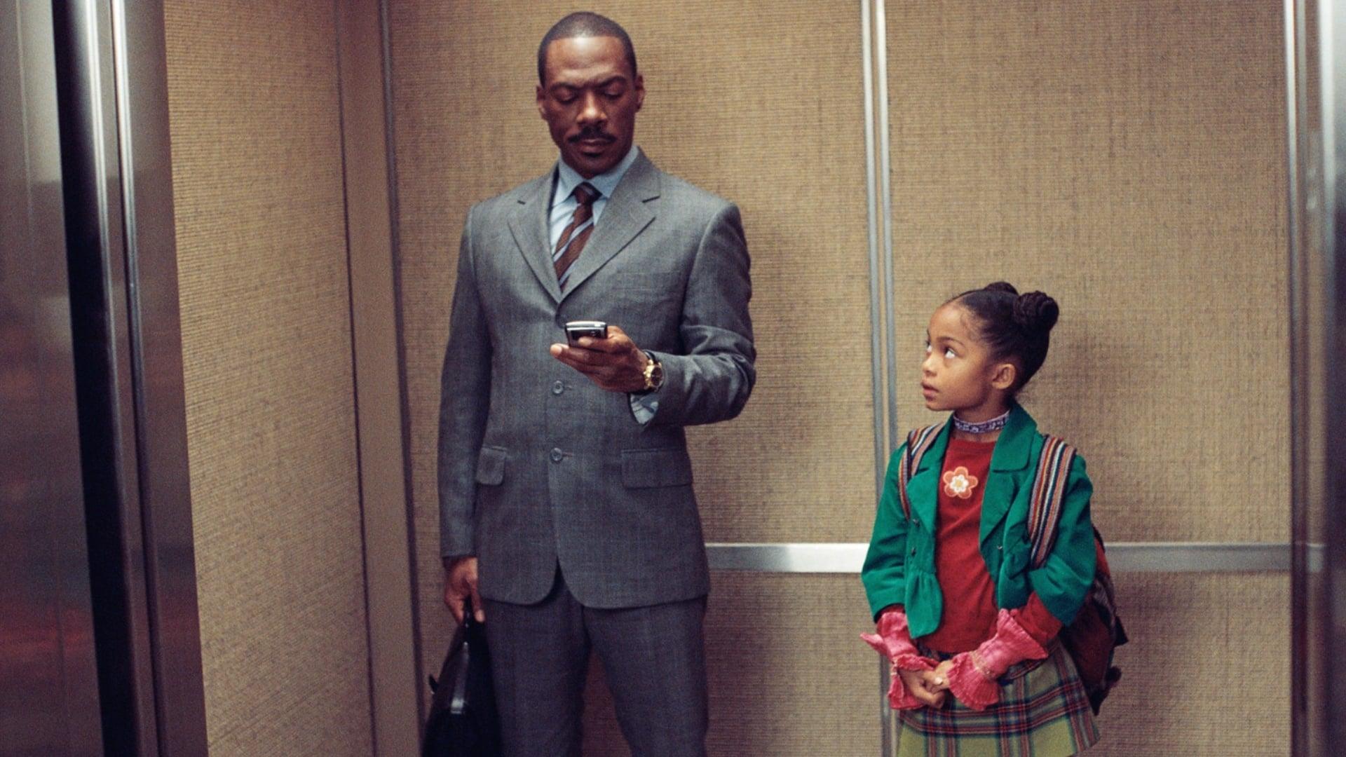 Stockbroker Eddie Murphy and daughter Yara Shahidi in Imagine That (2009)
