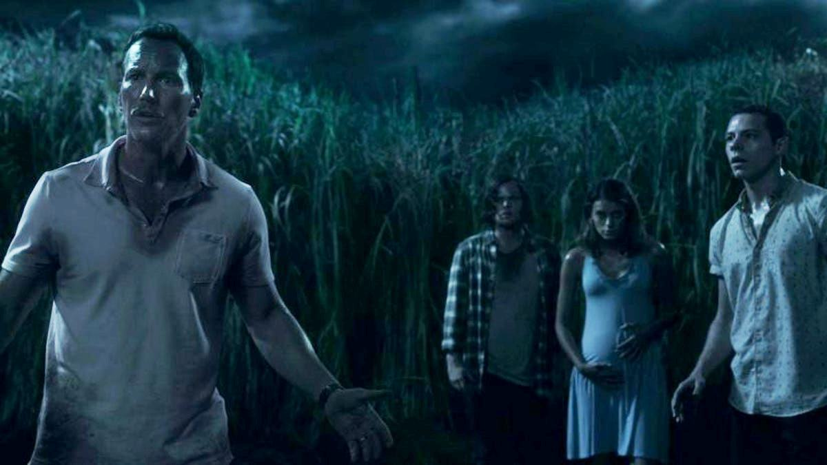 Trapped in a sea of grass - (l to r) Patrick Wilson, Harrison Gilbertson, Laysla De Oliveira and Avery Whitted in In the Tall Grass (2019)