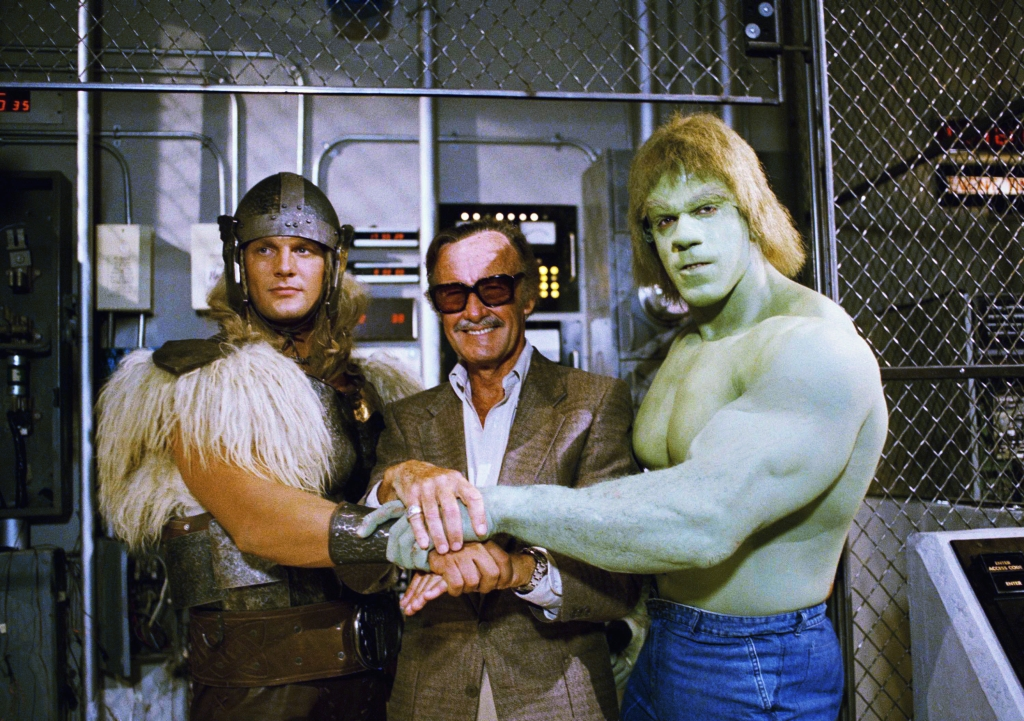 Set photo - meeting between Eric Kramer (as Thor), Marvel head Stan Lee and Lou Ferrigno as The Hulk in The Incredible Hulk Returns (1988)
