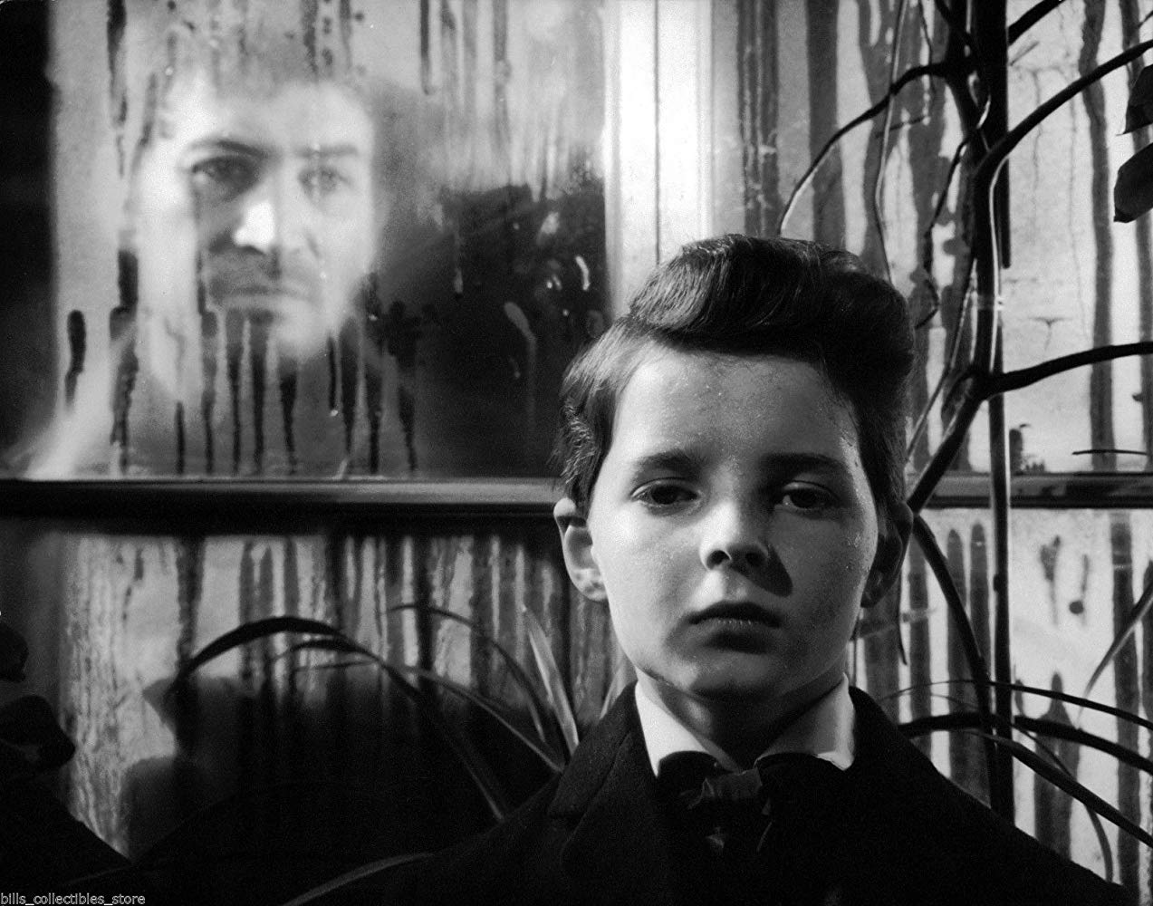 Miles (Martin Stephens) and the ghost of Quint (Peter Wyngarde) in The Innocents (1961)