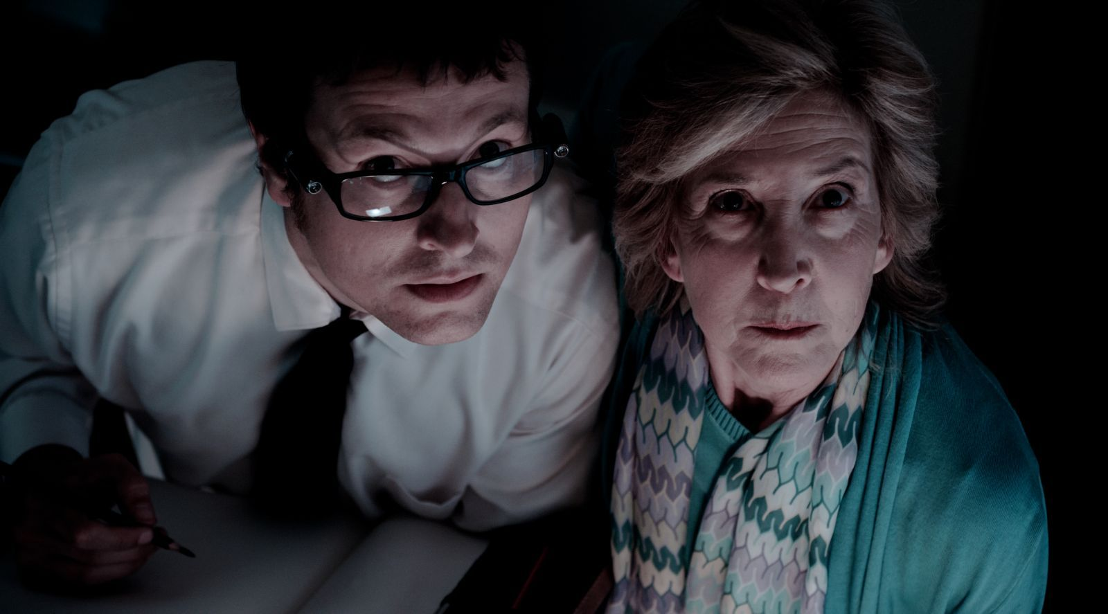 Leigh Whannell and Lin Shaye in Insidious (2010)