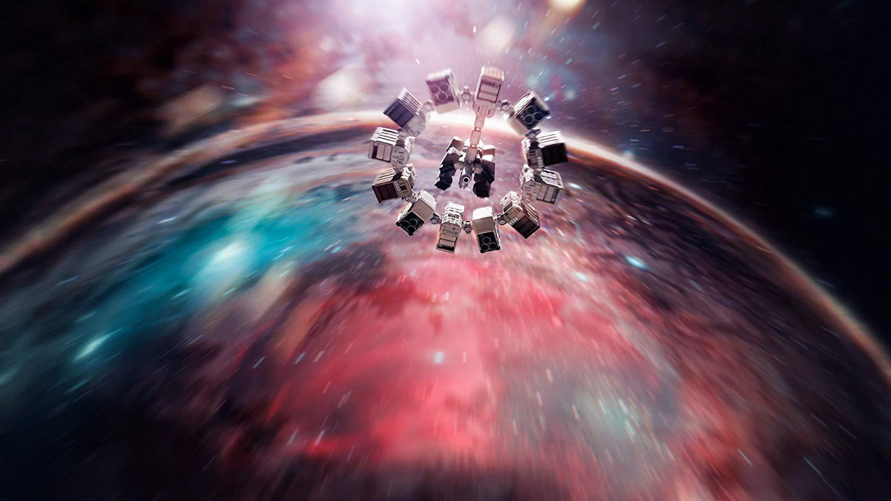 The Endurance in flight in Interstellar (2014)