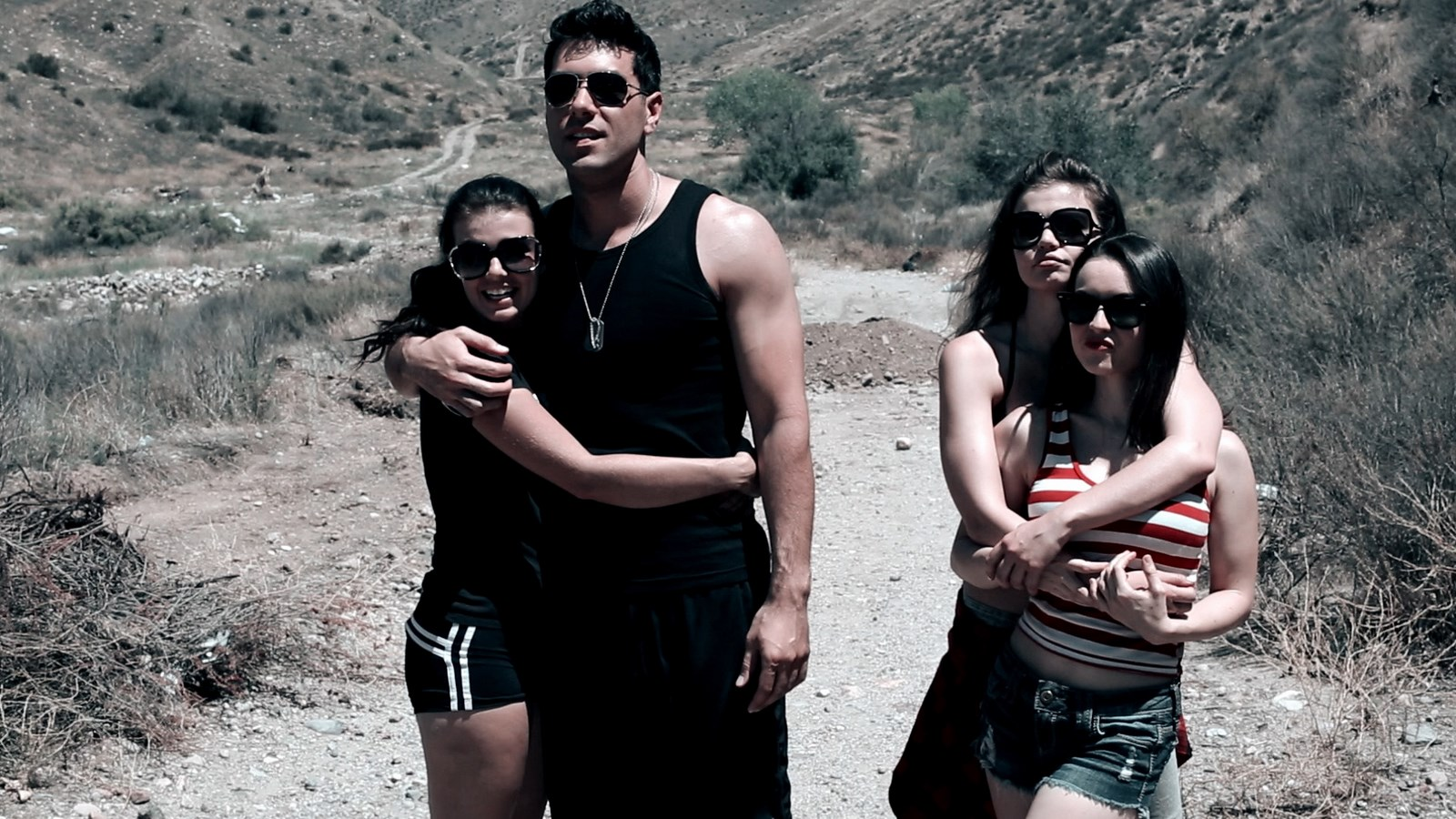 (l to r) Marlene Mc'Cohen (also the film's director), Toby Maka, and girlfriends Genna Mc'Cohen and Kinga Rosen in Interstellar Wars (2016)