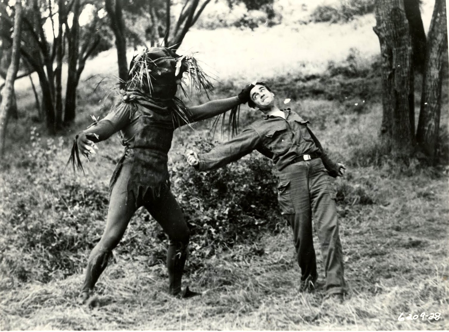 Ray Frank fights off a vegetable monster in Invasion of the Star Creatures (1962)