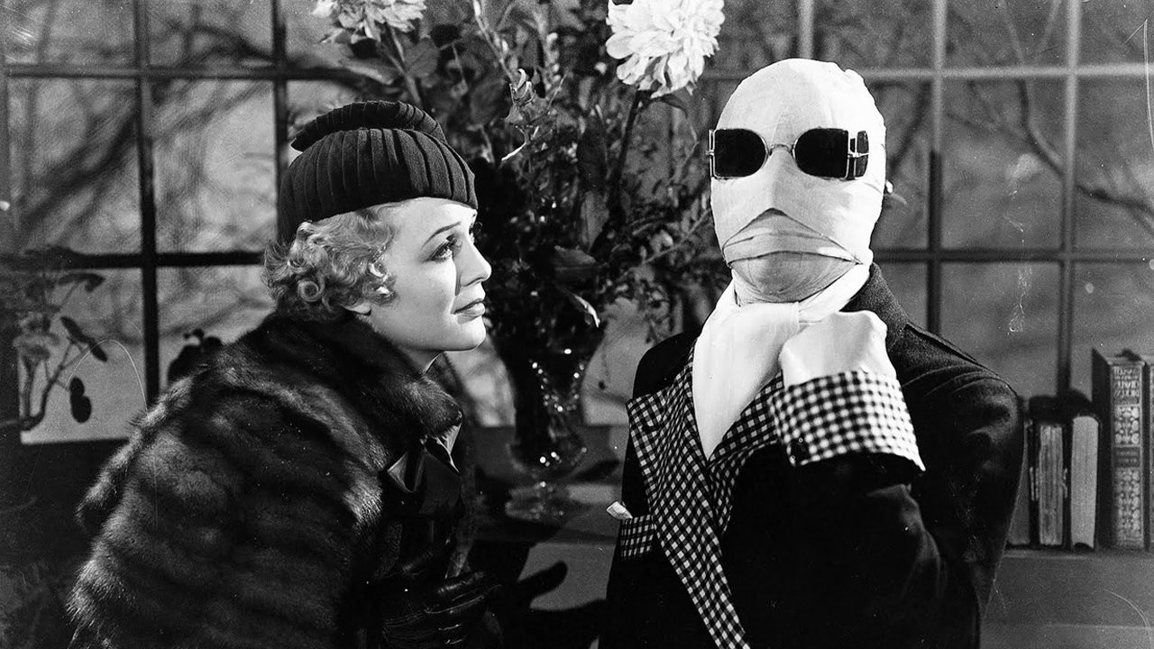Gloria Stuart (later of Titanic fame) and Griffen (Claude Rains) in The Invisible Man (1933)
