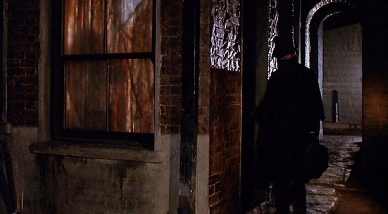 The Ripper stalks Whitechapel in Jack the Ripper (1988)