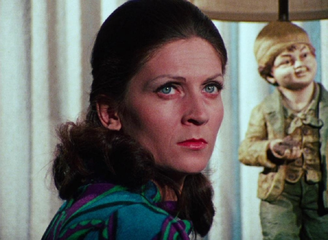 Bored suburban housewife Joan Mitchell (Jan White) in Jack's Wife (1972)