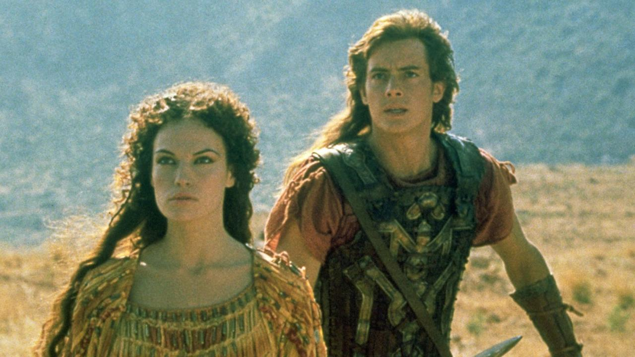 Jason (Jason London) and Medea (Jolene Blalock) in Jason and the Argonauts (2000)