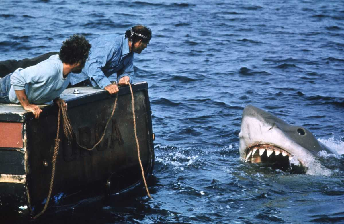 Richard Dreyfuss, Robert Shaw and Bruce the Shark in Jaws (1975)