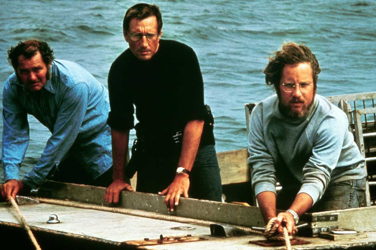 Robert Shaw, Roy Scheider, Richard Dreyjuss in Jaws (1975)
