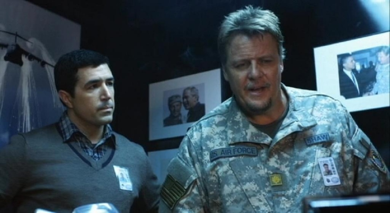 Scientist Preston James Hillier and military commander Don Michael Paul in Jet Stream (2013)