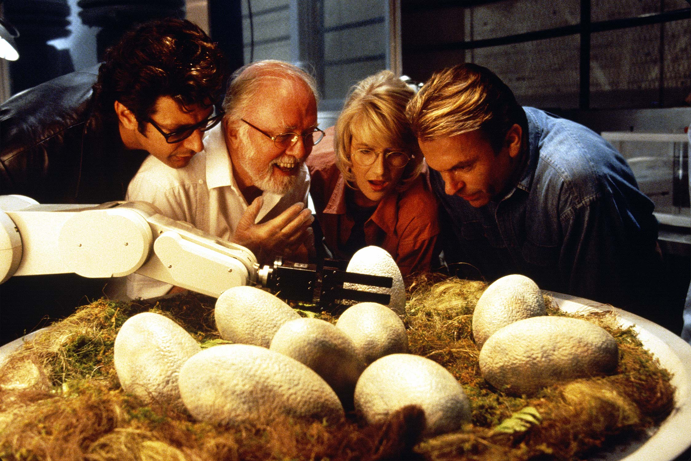 Jeff Goldblum, Richard Attenborough, Laura Dern, Sam Neill in Jurassic Park (1993)