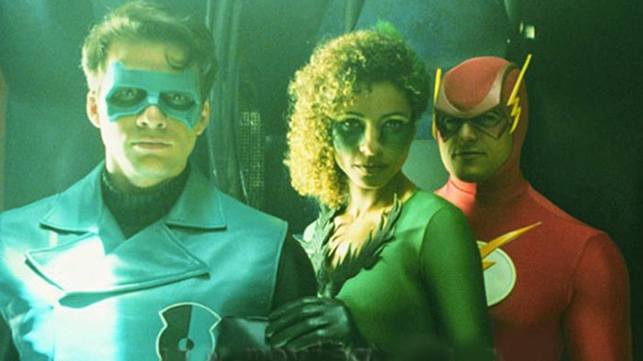 (l to r) Green Lantern (Matthew Settle), Fire (Michelle Hurd) and The Flash (Kenny Johnston) in Justice League of America (1997)