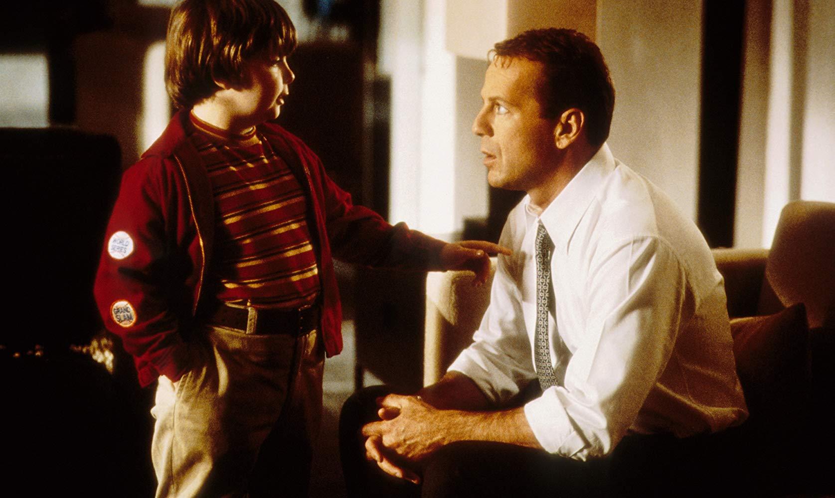 Bruce Willis meets his boyhood self Spencer Breslin in The Kid (2000)
