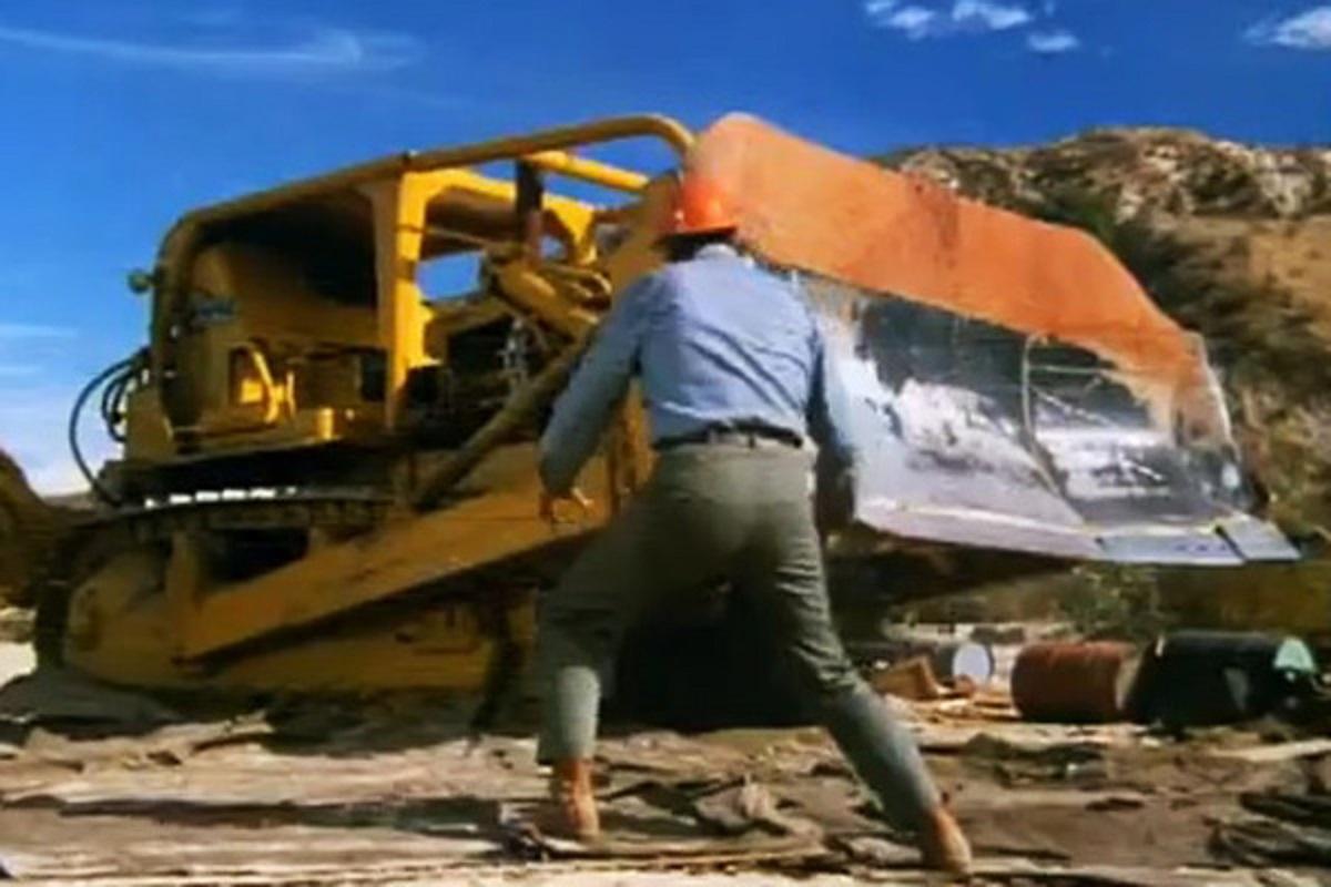Man vs killer bulldozer in Killdozer (1974)