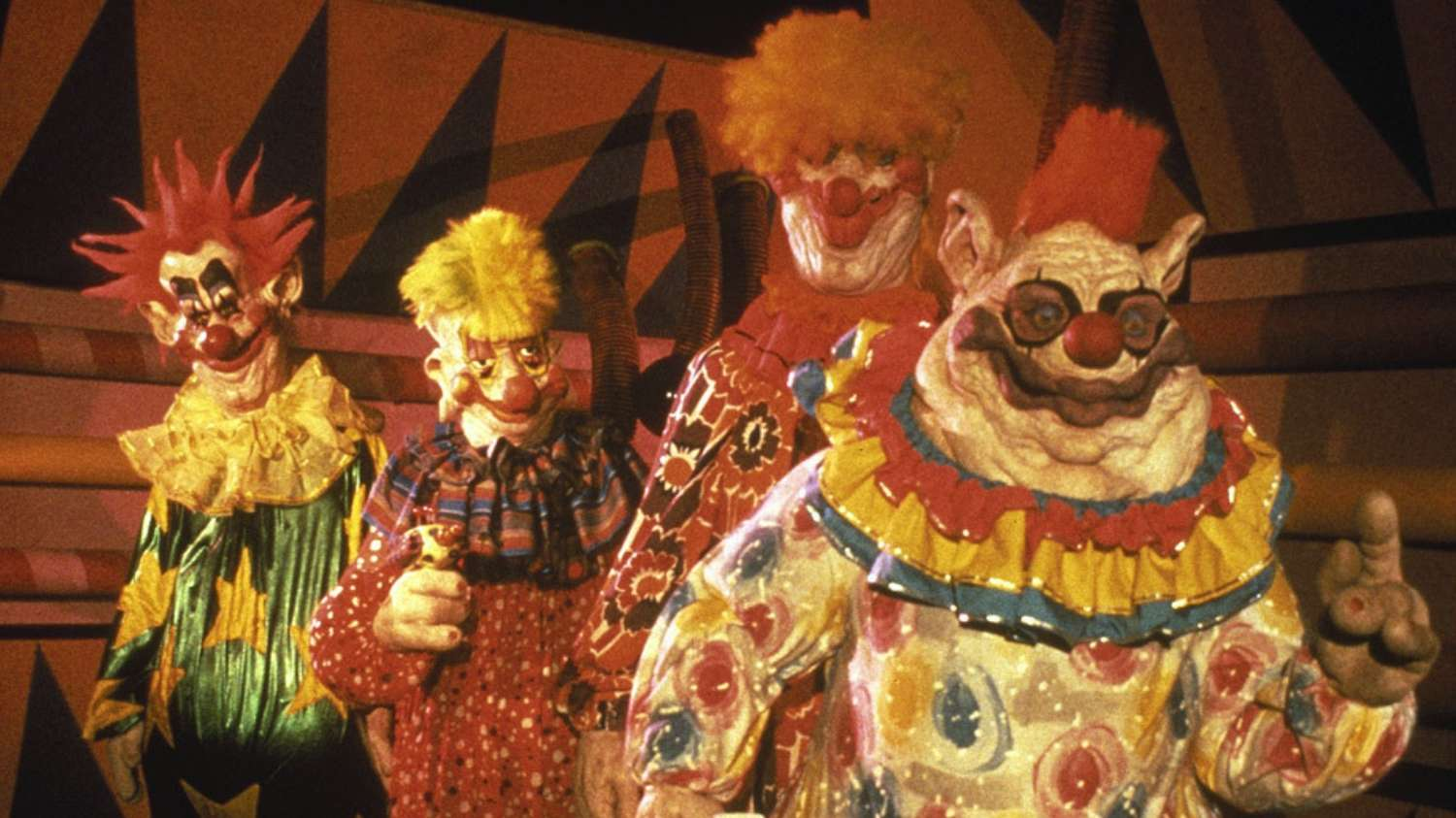 The clowns in Killer Klowns from Outer Space (1988)