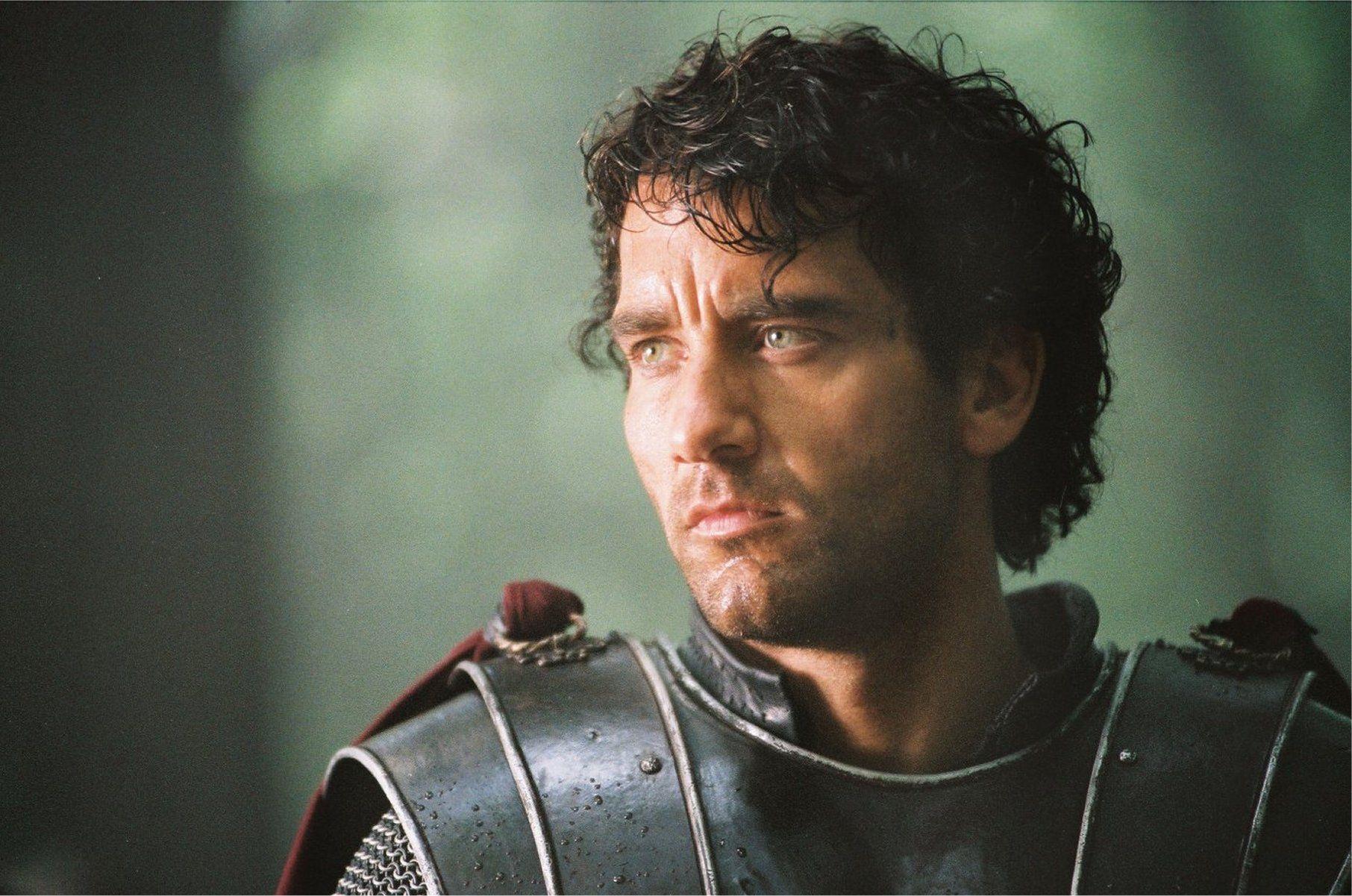 Clive Owen as King Arthur (2004)