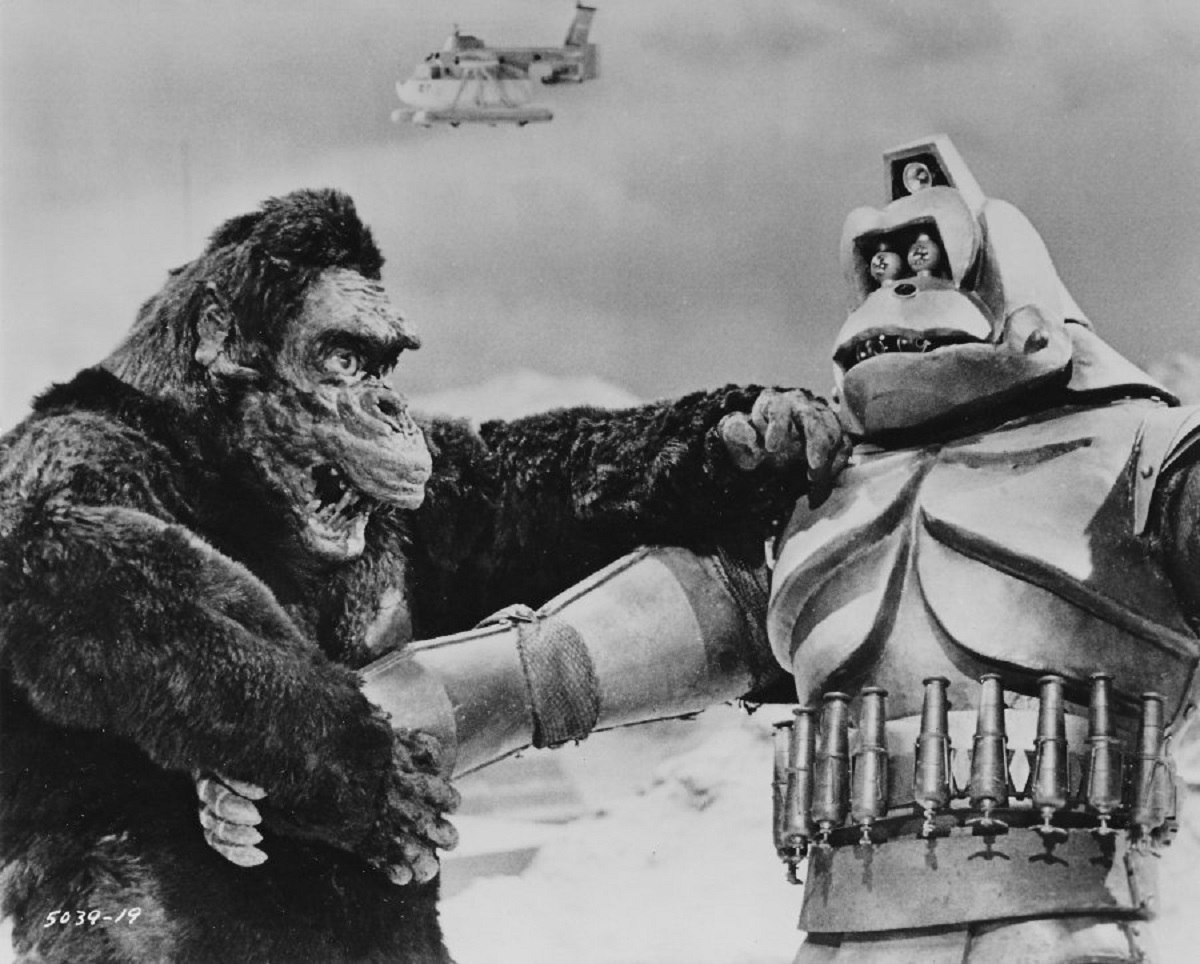King Kong vs Mecha-Kong in King Kong Escapes (1967)