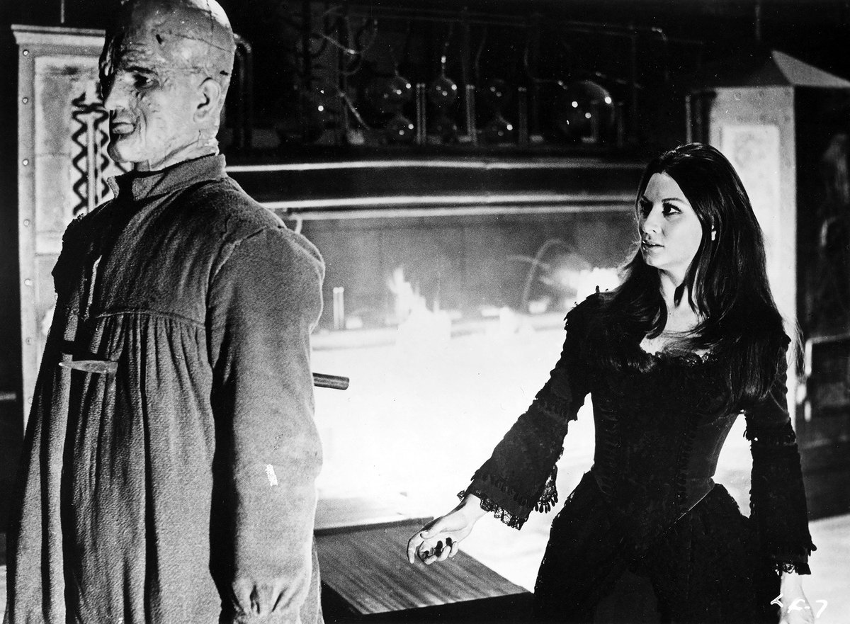 Frankenstein's daughter Tania (Sara Bay/Rosalba Neri) and her monster (Paul Whiteman) in Lady Frankenstein (1971)