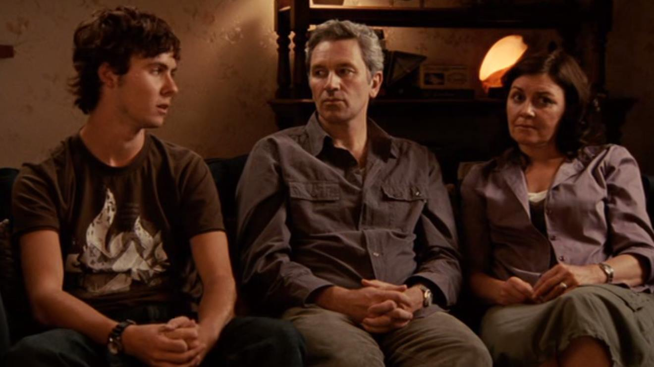 The Palmer family - (l to r) son Martin Sharpe, father David Pledger and wife Rosie Traynor in Lake Mungo (2008)