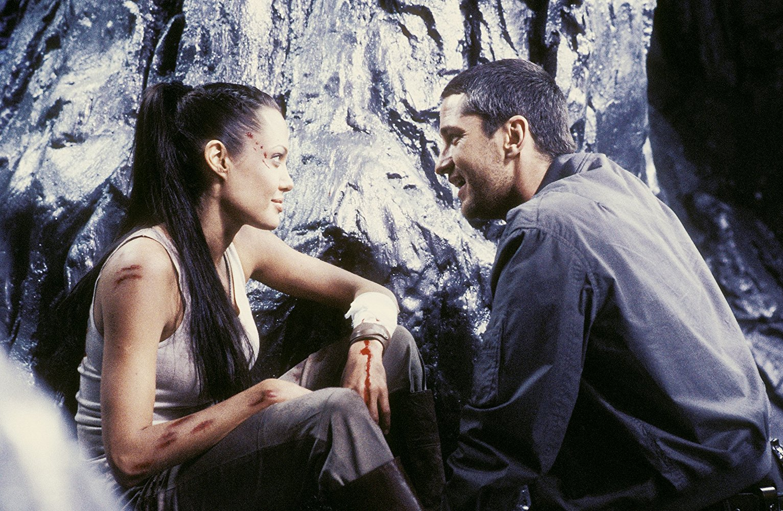 Angelina Jolie, Gerard Butler in Lara Croft, Tomb Raider: The Cradle of Life (2003)
