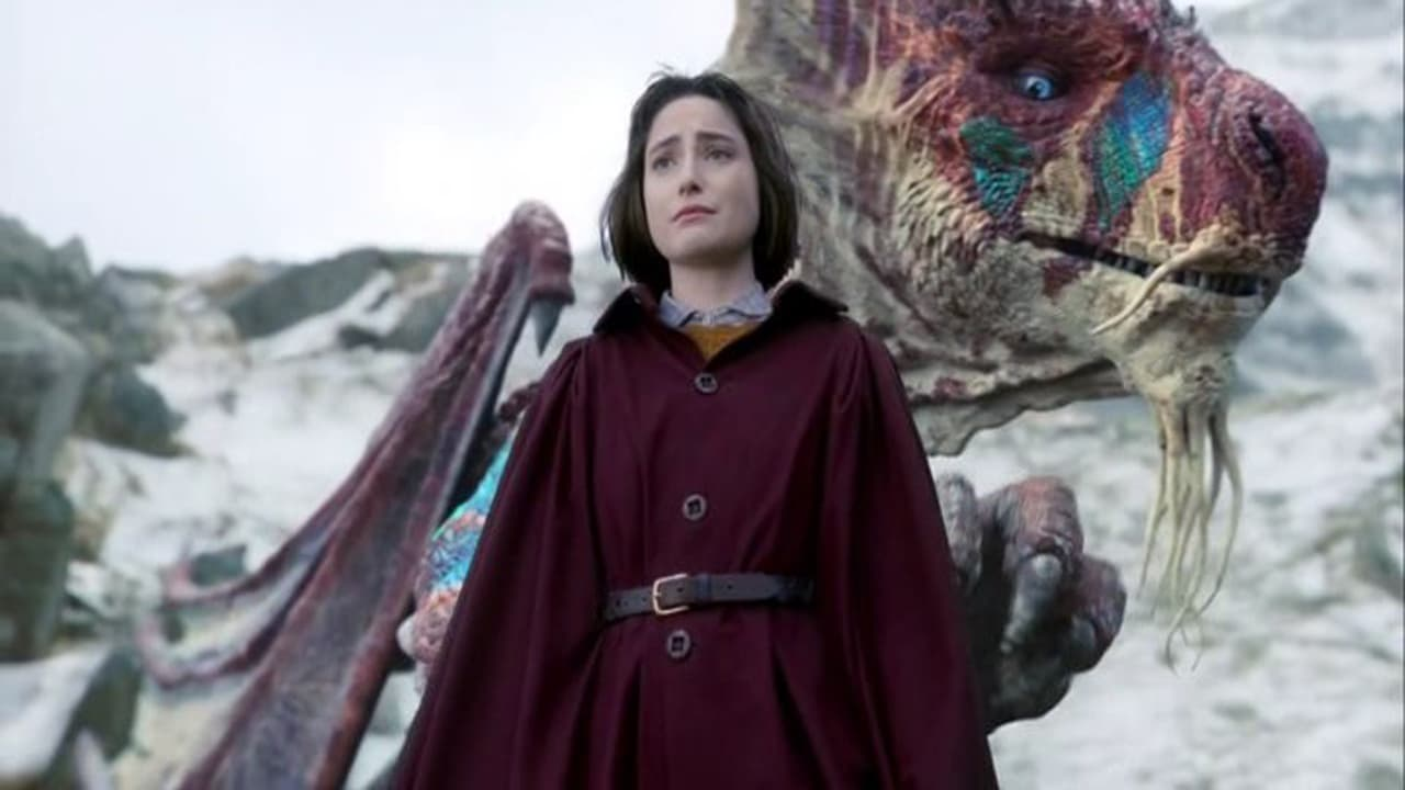 Ellise Chappell as apprentice magician and would-be dragonslayer Jennifer Strange and the dragon Matlcassion in The Last Dragonslayer (2016)