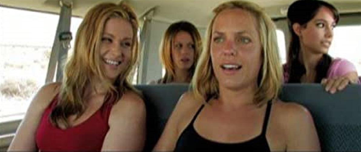 Marissa Tait, America Olivo, Arianne Zucker and Paulie Rojas in The Last Resort (2009)