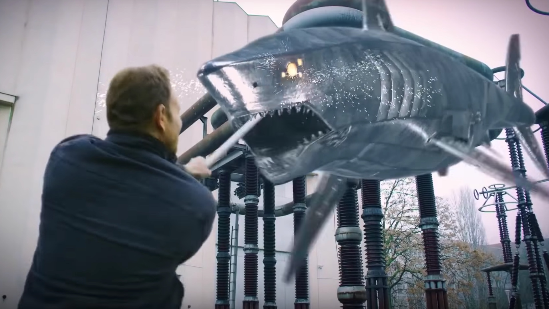 Ian Ziering vs a cyborg shark in The Last Sharknado: It's About Time (2018)