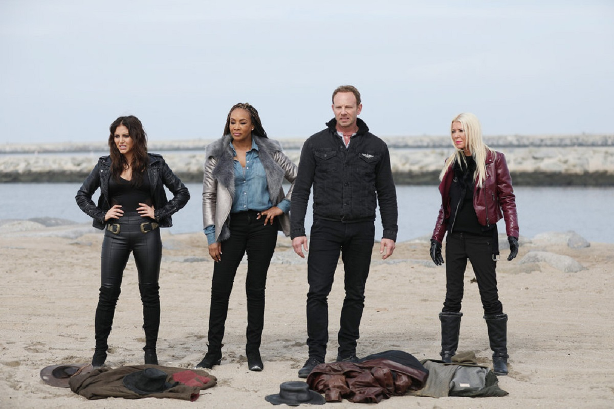 Cassandra Scerbo, Vivica A. Fox, Ian Ziering and Tara Reid in The Last Sharknado: It's About Time (2018)