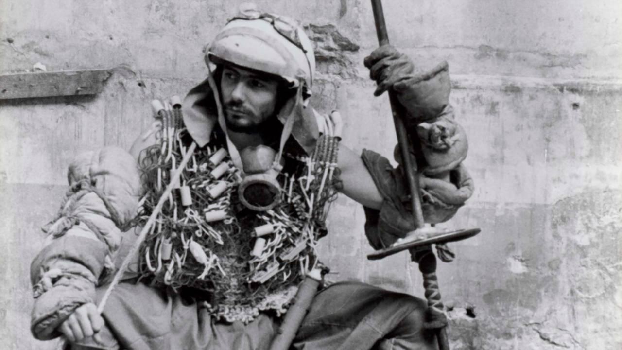Pierre Jolivet in Le Dernier Combat (1983)