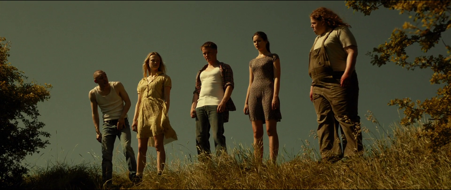 James Bloor, Jessica Madsen, Sam Strike, Vanessa Grasse and Sam Coleman in Leatherface (2017)