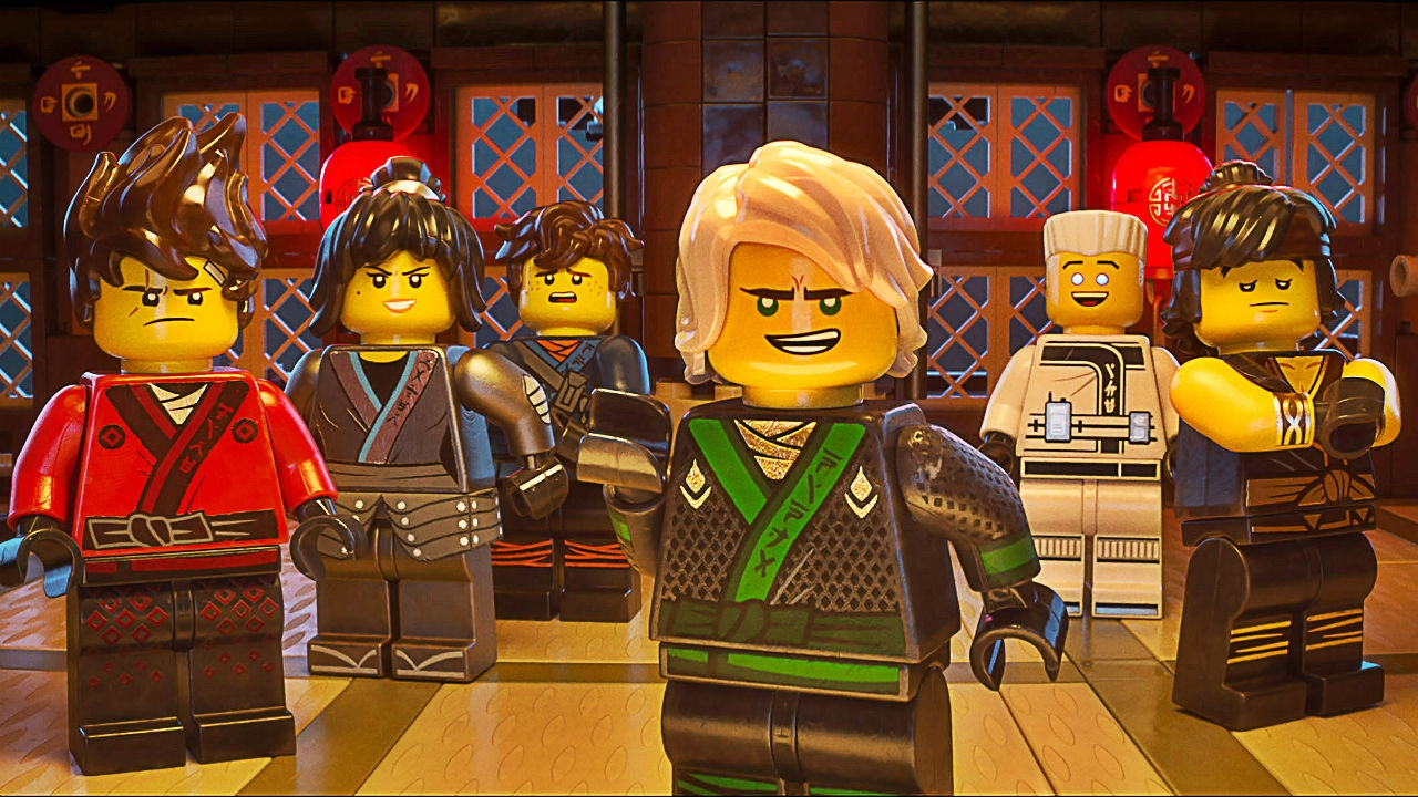 The Spinjitsu warriors with Lloyd in green in The Lego Ninjago Movie (2017)