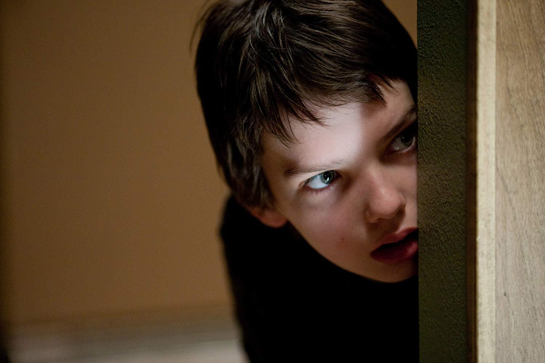 Kodi Smit-McPhee as Owen in Let Me In (2010)